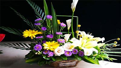 花扇型艺术插花