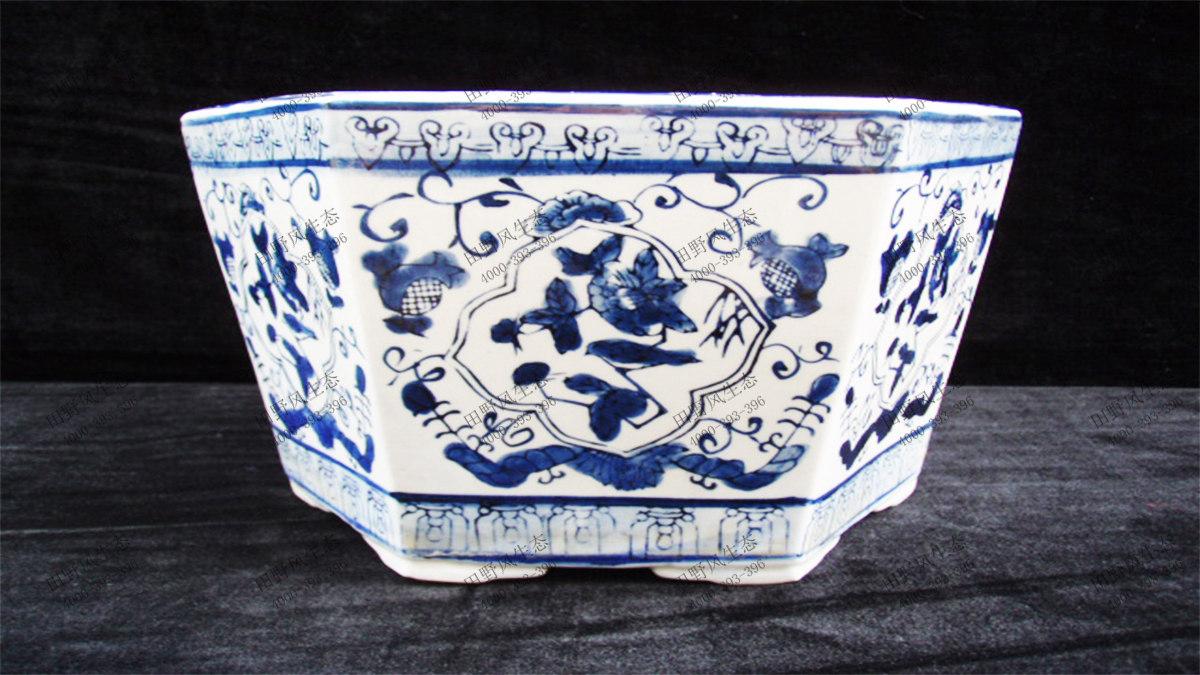 3青花瓷花盆