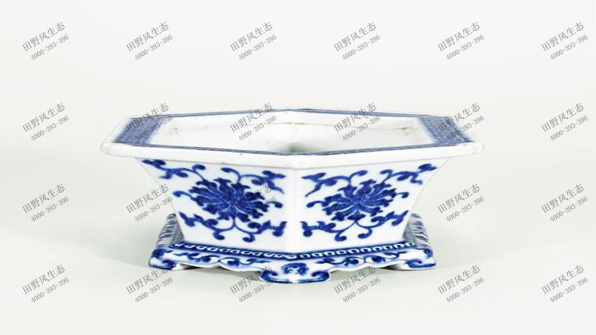 4青花瓷花盆